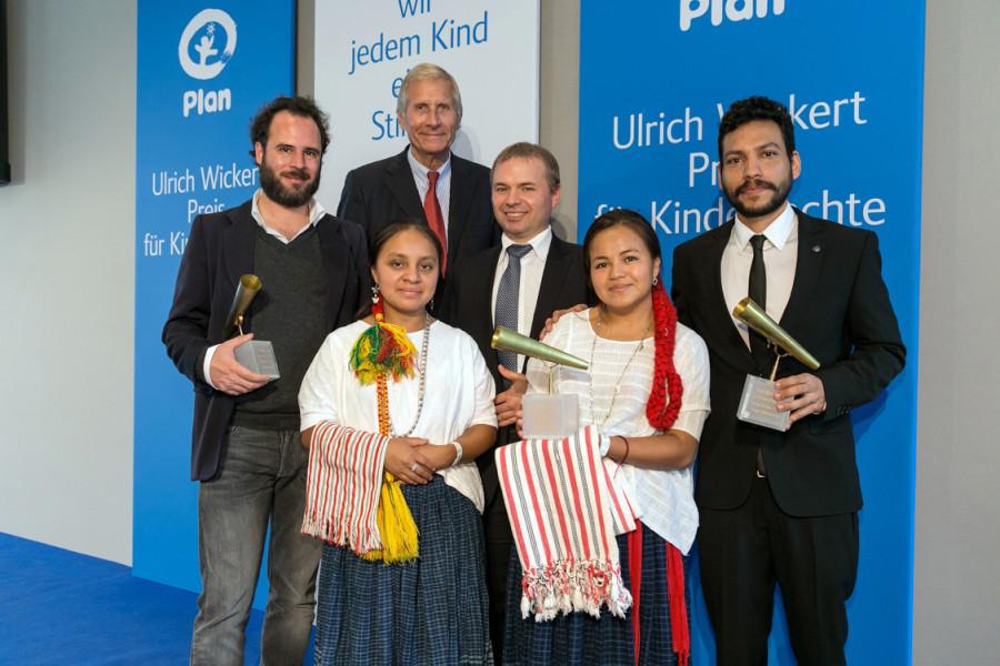 Ulrich Wickert Preis für Kinderrechte 2014 in Berlin verliehen