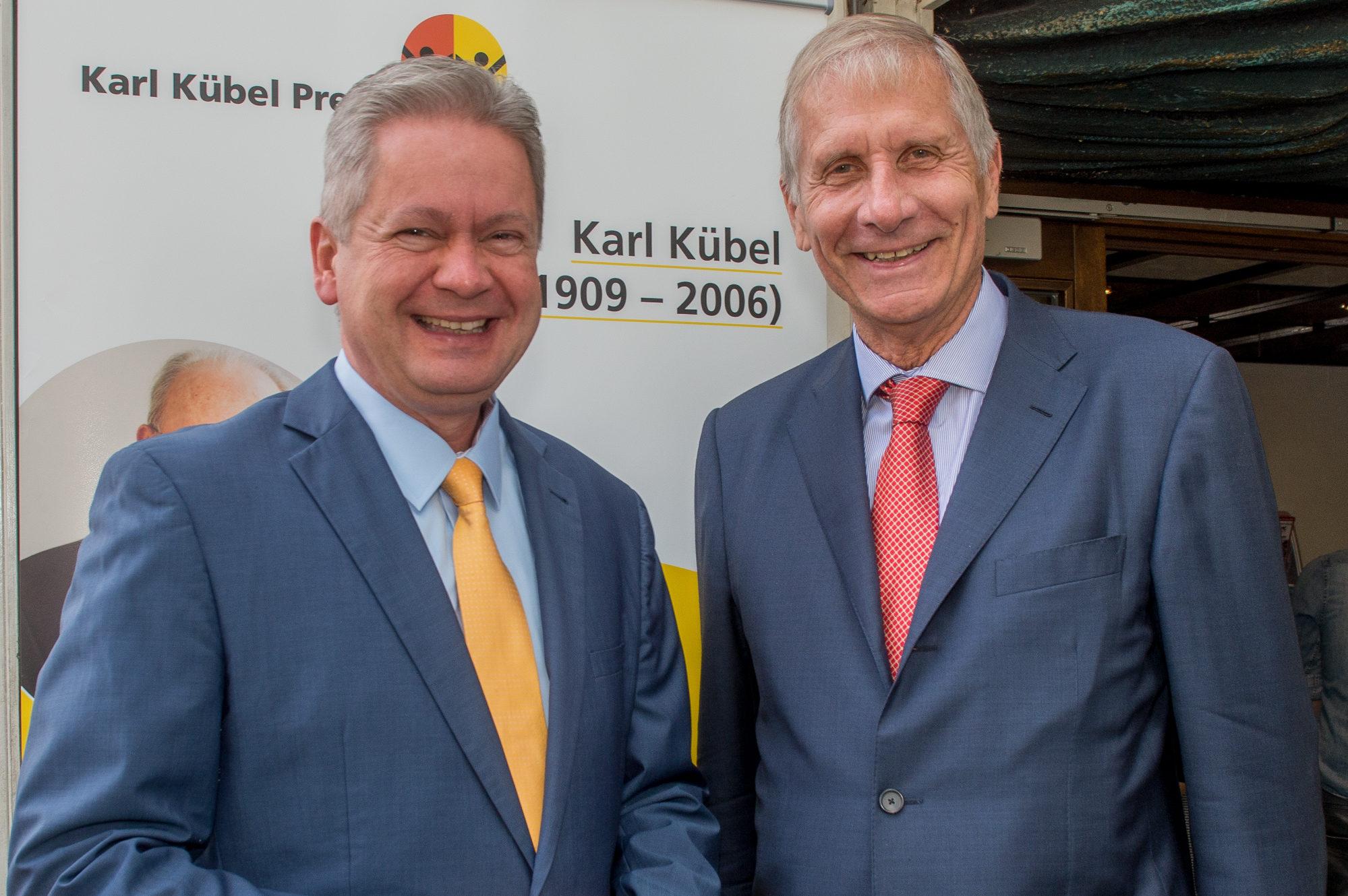 Karl Kübel Preis an Ulrich Wickert vergeben / Medienpreis in Bensheim verliehen
