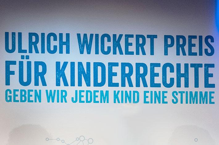 Ulrich Wickert Preis 2020: Jetzt bewerben!